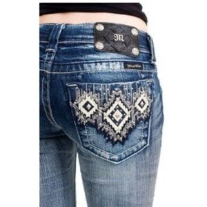 Miss Me Capri Aztec Tribal Pockets